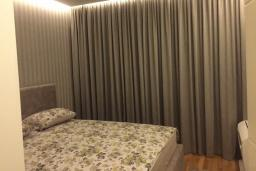 Bed room. Montenegro, Budva : Apartment with 1 bedroom in Budva