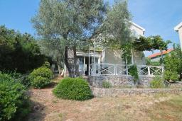 Front of the house. Montenegro, Bigova : Villa with 3 bedrooms in Bigova for 8 guests