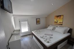 Bed room. Montenegro, Igalo : Apartment with 1 bedroom in Igalo