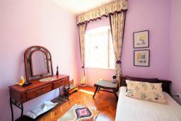 Спальня 2. Черногория, Будва : Апартамент в старом городе Будвы, с гостиной, двумя спальнями и террасой