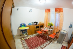 Kitchen. Montenegro, Djenovici : House with 4 bedrooms in Djenovici for 8 guests