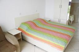 Студия (гостиная+кухня). Черногория, Герцег-Нови : Студия рядом с пляжем Раффаэло