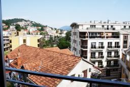 Вид. Черногория, Игало : Апартамент ЛЮКС с французским балконом и захватывающим видом на море