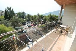 Балкон 2. Черногория, Игало : Шикарный апартамент с большой гостиной и двумя спальнями