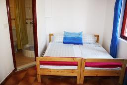 Спальня 2. Черногория, Игало : Апартамент на 1 этаже с двумя спальнями на 4-х человек