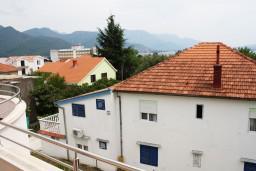 Вид на море. Черногория, Биела : Уютная студия со всеми удобствами