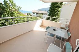Балкон 2. Черногория, Игало : Однокомнатная квартира в новом малоэтажном доме в центре Игало