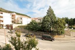 Вид. Черногория, Петровац : Апартамент с отдельной спальней, с видом на море