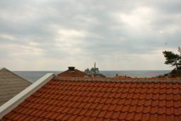 Черногория, Петровац : Комната на 2 персоны, с кондиционером, видом на море, 10 метров от пляжа