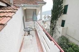 Балкон. Черногория, Герцег-Нови : Студия с балконом и видом на море