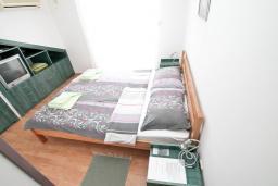 Студия (гостиная+кухня). Черногория, Герцег-Нови : Студия с балконом и шикарным видом на море