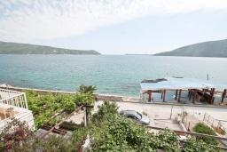 Вид на море. Черногория, Герцег-Нови : Студия с балконом и шикарным видом на море