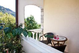Балкон. Черногория, Бечичи : Студия в Бечичи с балконом