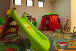 Детская площадка. Domador 3* в Бечичи