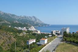 Вид на море. Черногория, Бечичи : Двухместный номер с видом на море