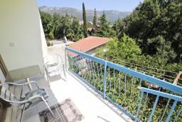Балкон. Черногория, Бечичи : Апартаменты на 6 персон, 2 отдельные спальни