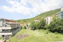 Вид. Черногория, Бечичи : Апартаменты на 5 персон, 2 спальни, с видом на море