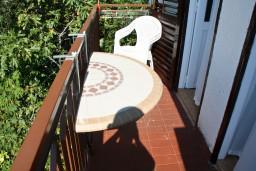 Балкон. Черногория, Пржно / Милочер : Апартамент в Пржно с видом на море
