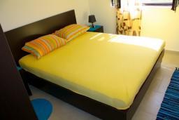 Спальня 2. Черногория, Доброта : Апартаменты на 6 персон, 2 спальни, у моря
