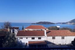 Вид. Черногория, Каменово : Студия 24м2 с балконом с видом на море