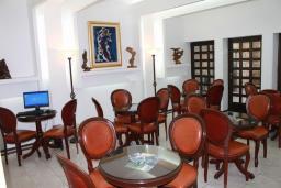Кафе-ресторан. Admiral 3* в Будве