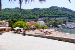 Ближайший пляж. Obala 3* в Рафаиловичах