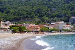 Ближайший пляж. Obala Plus 3* в Рафаиловичах