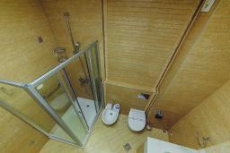 Ванная комната. Черногория, Петровац : Супер Люкс