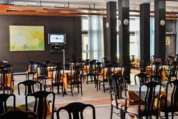 Кафе-ресторан. Olympic 3* в Ульцине