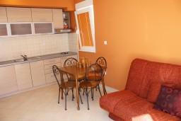 Гостиная. Черногория, Герцег-Нови : Апартамент Танго Аргентино в 700 метрах от моря