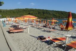 Пляж Плави Хоризонти в Радовичах