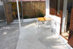 Терраса. Черногория, Зеленика : Студия в Зеленике с большой террасой