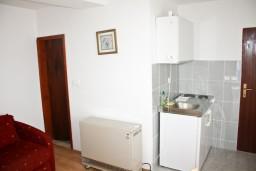Гостиная. Черногория, Герцег-Нови : Апартамент с шикарным видом на море в Савина