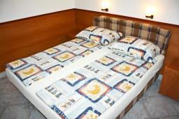Студия (гостиная+кухня). Черногория, Герцег-Нови : Студия для 4 человек с террасой