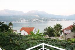 Вид на море. Черногория, Нивице : Студия в Нивице с балконом и видом на море