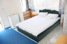 Студия (гостиная+кухня). Черногория, Мельине : Студия в Мельине с балконом и видом на море