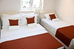 Bed room. Montenegro, Baosici : Apartment with 1 bedroom in Baosici