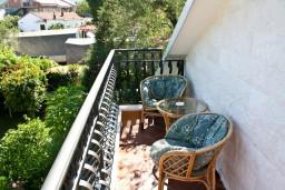 Балкон. Черногория, Баошичи : Комната для 4 человек