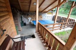 Терраса. Черногория, Колашин : Дом в Колашине с 3-мя отдельными спальнями