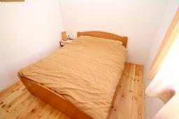 Спальня. Черногория, Колашин : Уютный дом с 2-мя отдельными спальнями и террасой в Колашине.