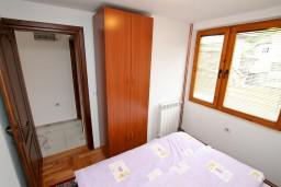 Спальня 2. Черногория, Колашин : Большой 2-х этажный апартамент для 6 человек, с 2-мя спальнями на втором этаже и одной на третьем, Колашин, Черногория.
