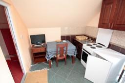 Кухня. Черногория, Жабляк : Уютный дом с отдельной спальней, Жабляк, Черногория.