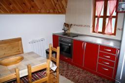 Кухня. Черногория, Жабляк : Просторный 2-х этажный апартамент для 5-7 человек, 2 отдельных спальни, Жабляк, Черногория.