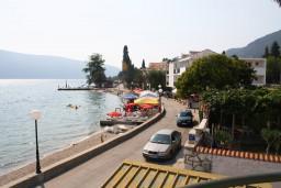 Вид на море. Черногория, Баошичи : Студия с балконом и видом на море в Баошичи