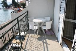 Балкон. Черногория, Баошичи : Студия в Баошичи с балконом и видом на море