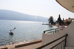 Вид на море. Черногория, Баошичи : Студия в Баошичи с балконом и видом на море