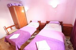 Спальня. Черногория, Жабляк : Современный апартамент для 4-6 человек, 2 отдельные спальни, Жабляк, Черногория.