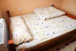 Спальня. Черногория, Жабляк : 2-х этажный дом с 3-мя отдельными спальнями на Жабляке.