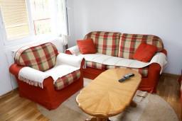 Гостиная. Черногория, Жабляк : 2-х этажный дом с 3-мя отдельными спальнями на Жабляке.