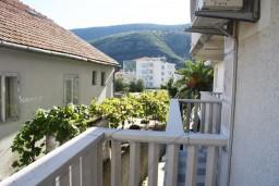 Черногория, Игало : Студия c балконом для троих, 30 метров от моря